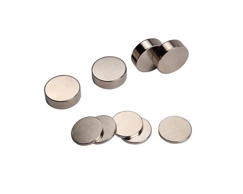 用于扬声器的大尺寸圆柱形钕铁硼磁铁