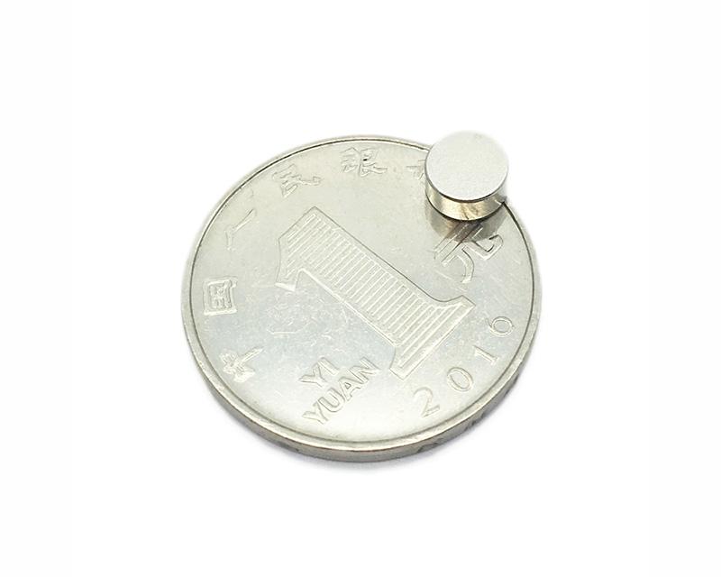 圆形钕铁硼圆片磁铁超强稀土钕铁硼磁铁