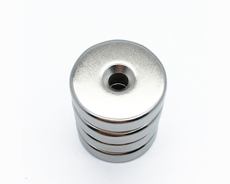 中国钕铁硼磁铁制造商定制高档N38 N42 N40 N52