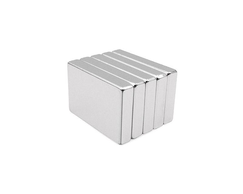 方形吸铁石强磁铁 强力磁铁钕铁硼强磁 磁铁强磁
